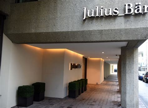 bank julius bär julius baer resumes asian expansion with two hires in