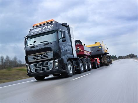volvo fh    powerful truck   world