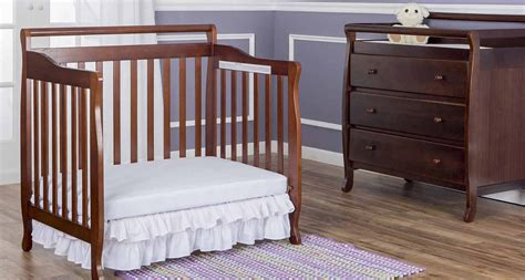 10 Best Baby Crib Designs Design Trends Premium Psd On Me 4 In 1 Portable Convertible Crib