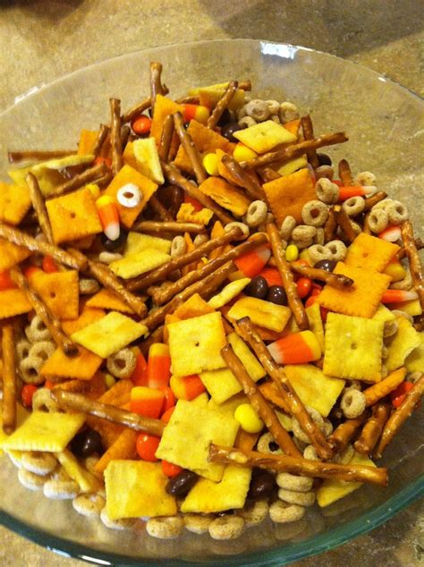 thanksgiving snack mix thanksgiving snack mix for thanksgiving pinterest
