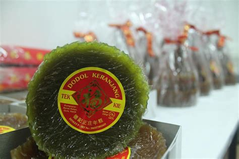 Dodol Betawi Asli Sari Rasa bandung merdeka jelang imlek produsen dodol keranjang kebanjiran order