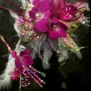 haircuts and more cabot arkansas 17 best images about funky prom flowers corsages on
