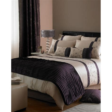 Bedcover Set Import Uk 120 Motif Sweet Purple dreams n drapes iola embroidered duvet set dreams n drapes from emporium home interiors uk