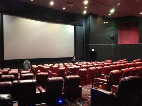 queens movie theater with reclining seats movie theater with recliners in queens ny recliner