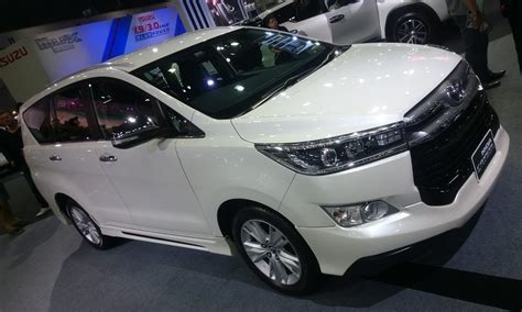 Toyota Innova Crysta Facelift 2020 by 2020 Toyota Innova Review And Release Date 2019 2020