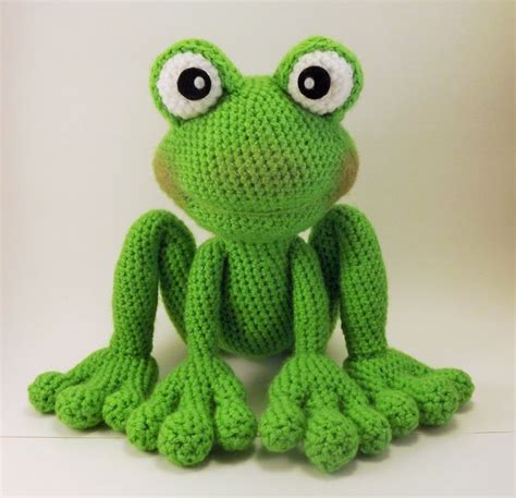 knitted frogs 34 best frog amigurumi images on frogs