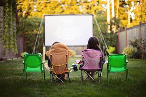 how to make a backyard movie screen june bug photography snohomish newborn photography