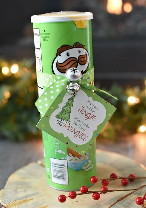funny christmas gift idea with pringles fun squared