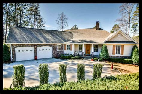 Lake Hartwell Cing Cabins by Sc Real Estate Lake Keowee Homes For Sale