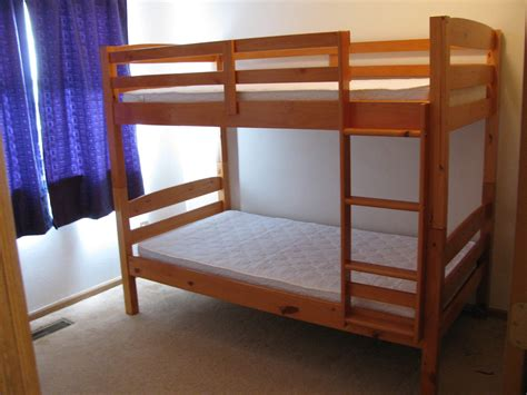 how to buy bed things to consider when buying bunk beds how do you do it