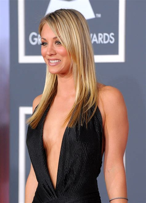 kaley cuoco height kaley cuoco weight kaley cuoco measurements kaley cuoco measurements bra size height weight ethnicity wiki