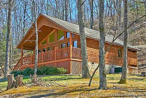 Cabin In The Woods by Pigeon Forge Cabin In The Woods 2 Bedroom Sleeps 4