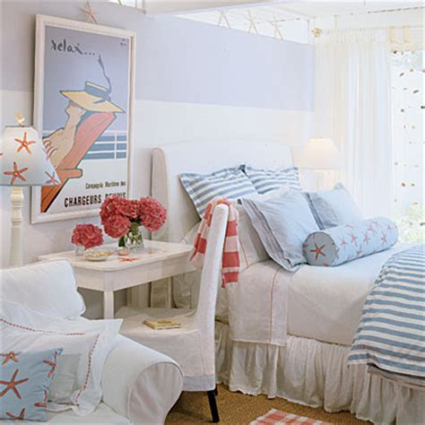 coastal living bedrooms put a twist on traditional nautical decor soothing