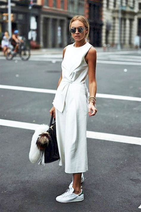 jean swings creie best 25 all white outfit ideas on pinterest off white