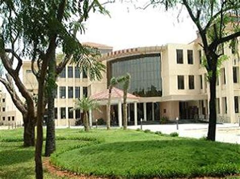 Iit Madras Mba Cat Cut by Doms Iit Madras Opens Mba Admission 2013 Careerindia