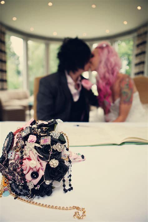 a pink leopard print themed diy wedding ele raph 183 rock n roll
