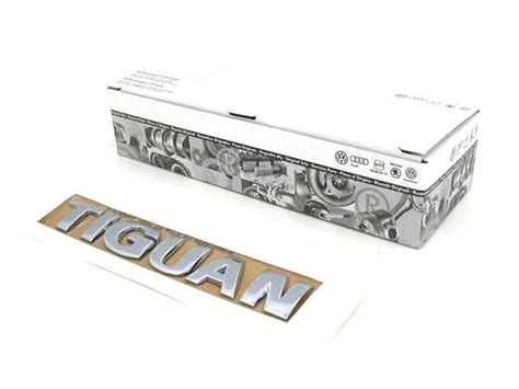 Trunk Lid Belakang Chrome Luxio Ori fits for vw original tiguan chrome rear trunk lid emblem badge in stickers from automobiles