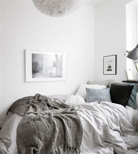 bedroom decorating ideas grey and white best 25 cozy bed ideas on pinterest