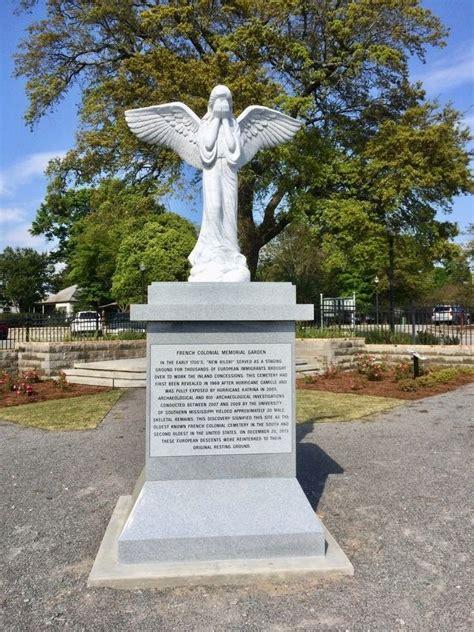 Hton Memorial Gardens by The Memorial Garden Historical Marker