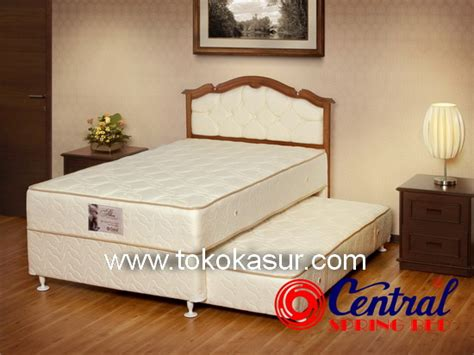 Central Springbed Deluxe Calista Kotak 180x200 bed central central springbed harga central central deluxe central sport