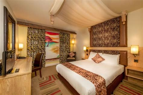 themed hotel england accessible room picture of chessington safari hotel