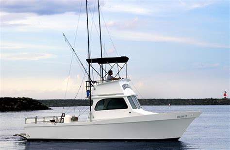 hawaiian boat north shore charter boat foxy lady quot the seeker quot oahu hawaii