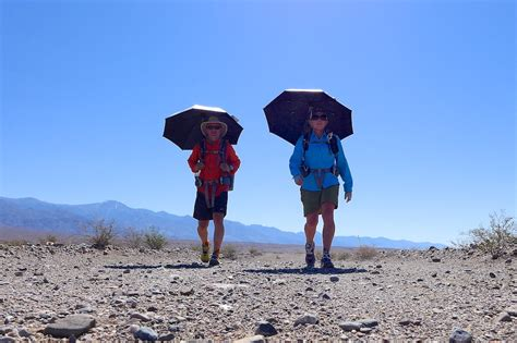 how to hike free with an umbrella