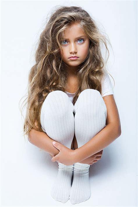 daphne and irina teen model model irina veselkina by vika pobeda advertising