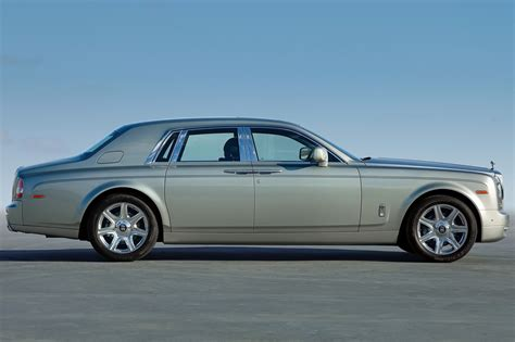 rolls royce rear 100 rolls royce phantom rear finally a rolls royce