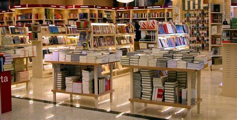 best bookstore the writer s voice at a bookstore