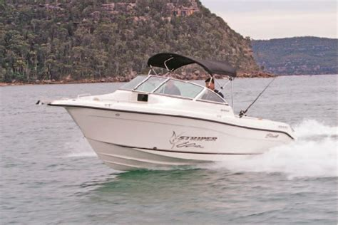 striper boats reviews seaswirl striper 2101 dc review trade boats australia