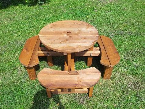 childrens wooden picnic bench pub picnic benches round tables excalibur round picnic
