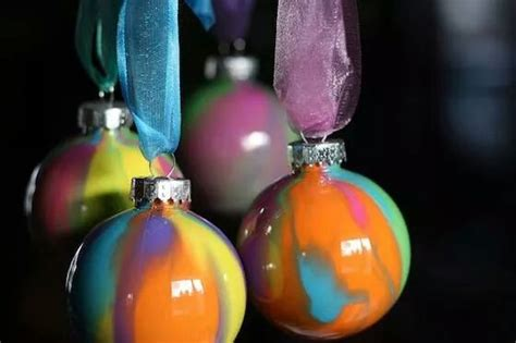 how to clean christmas ornaments musely