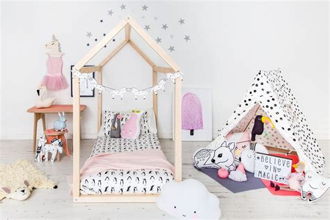 unicorn bedroom 27 pretty unicorn bedroom ideas for kid rooms besideroom
