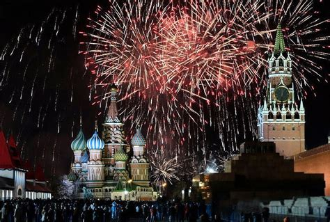 putin greets all russia for new year celebrations with an