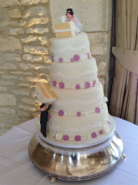 Novelty Wedding Cakes by Novelty Themed Archives Wedding Cakes