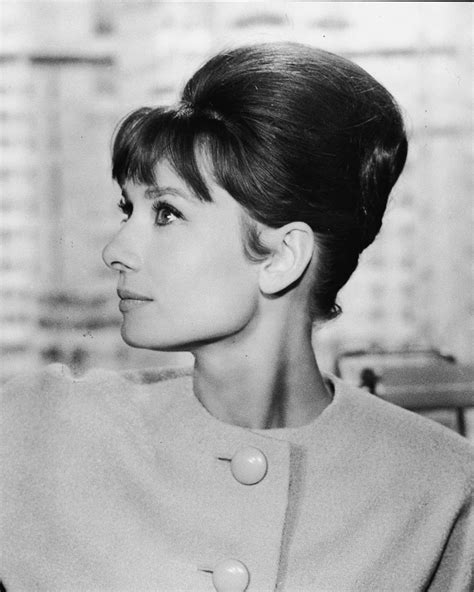 Hairstyles of the 1960s: The Beehive   Style Sixties   UK