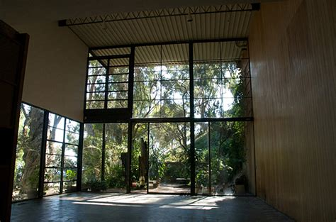 Midcentury House inside the eames house oen
