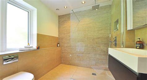 bathroom humidity die barrierefreie dusche f 252 r 228 ltere menschen senioren leben