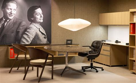 """Florence Knoll 96"""" Oval Table   hivemodern.com"""