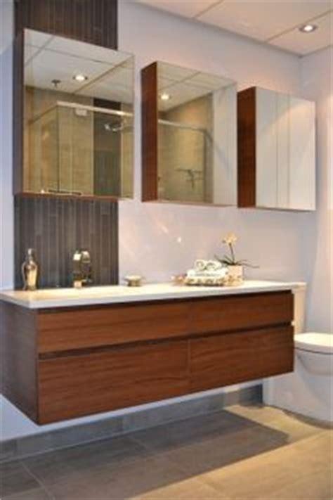 armoire contemporaine design 1000 images about vanit 233 de salle de bain contemporaine on armoire de cuisine