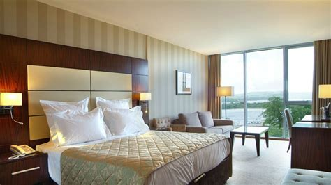 Fermanagh Hotels   Hotels in Enniskillen Fermanagh   Manor