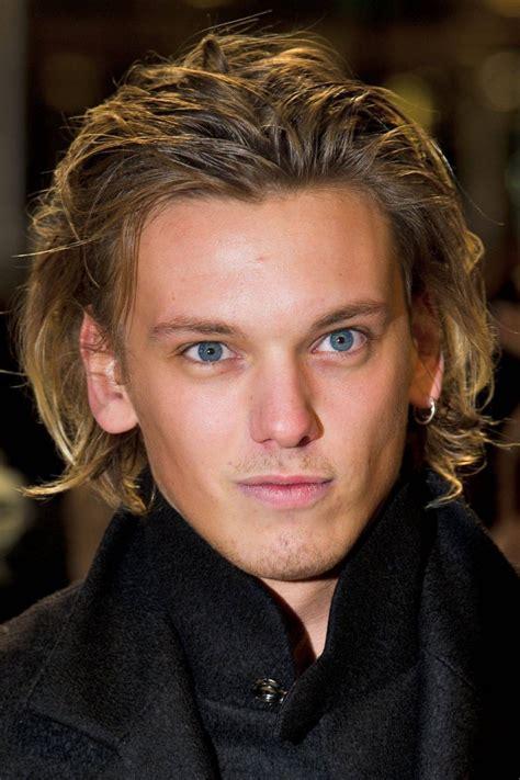 mens hairstyles high cheeks jamie cbell bower profile