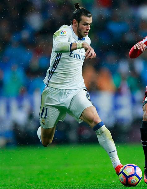 gareth bale i want to help real madrid win six trophies next gareth bale contract real madrid star discusses new deal