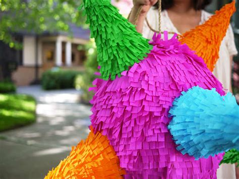How To Make A Pinata With Paper Mache - diy paper mache pinatas paper mache