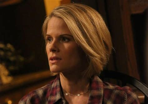 justified ava new haircut best 25 joelle carter ideas on pinterest raylan givens