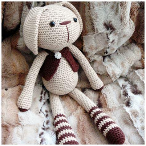 pattern en francais lucas le lapin traduction crochet amigurumi patron gratuit