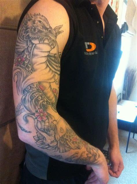 tattoo koi fish sleeve full sleeve koi fish tattoo full and half sleeve tattoos