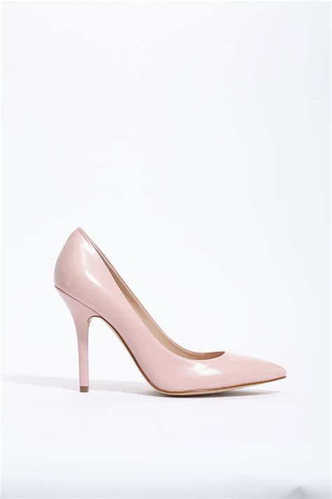 light pink pump heels 8 reasons to buy yourself a valentine s day present
