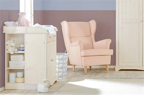 stuhl zum stillen tipps f 252 rs perfekte babyzimmer